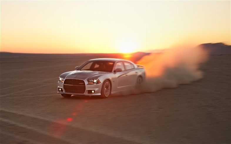 2012-Dodge-Charger-SRT8-Photo