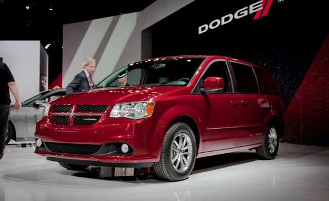Dodge minivans face view image