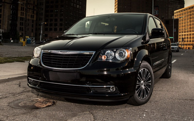 2013 Dodge Town and Country S