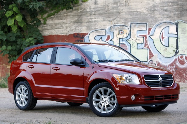 2012-Dodge-Caliber-Front-View-Pic