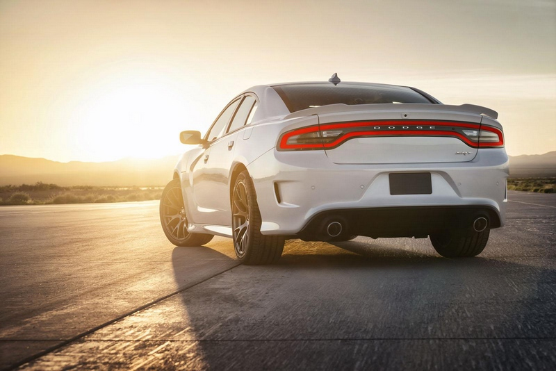 Dodge-Charger-SRT-Hellcat-picture1